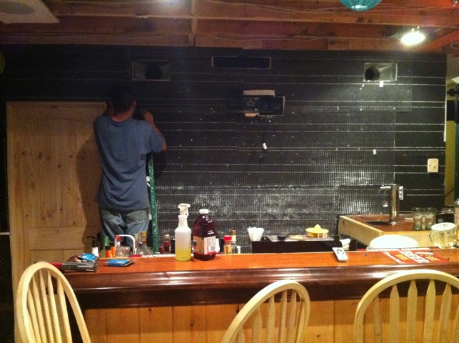 How To Build Man Cave Bar: Create a man cave in your garage home ...